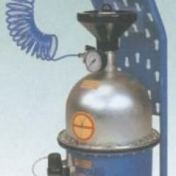 Устройство для прокачки тормозов, 5л. OMA 883